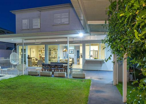 Exterieur moderne : aménagement extérieur d\'une maison moderne